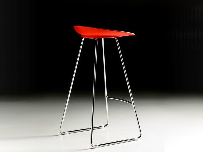 High sled base polyurethane stool with footrest SPOON by Diemme