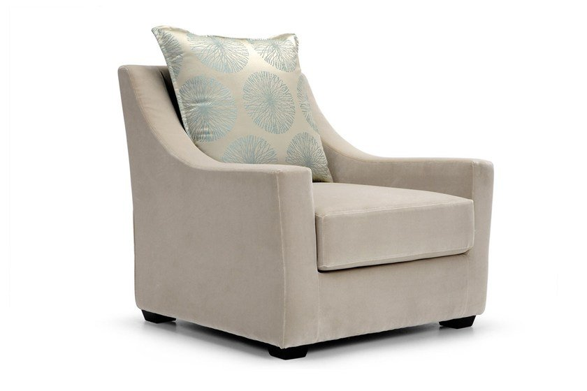 Upholstered leather armchair ST53 | Armchair by Domingo Salotti