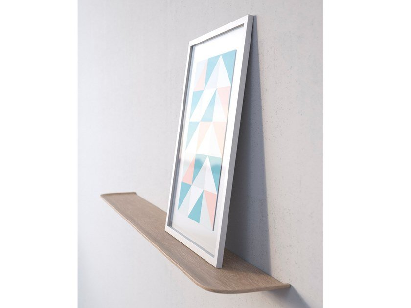 Wooden wall shelf STAGE by TEO