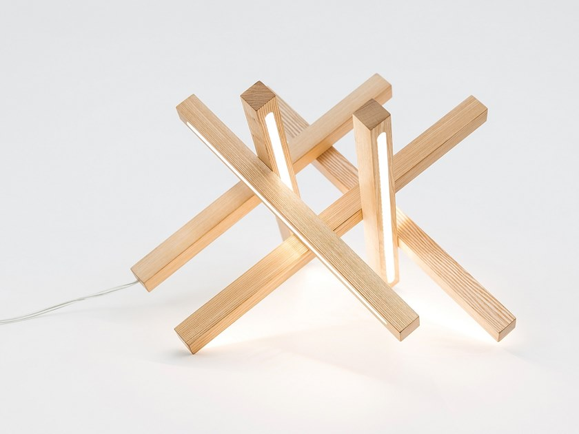 Lampada Da Tavolo A Led In Legno Stellar By Next Level Design Studio