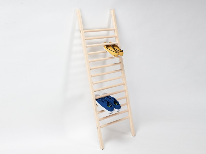 Shoe cabinet EMKO - STEP UP by Archiproducts.com