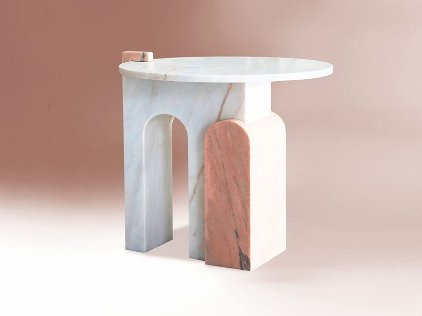 Mesa de centro redonda de mármore de Estremoz STONE by DOVAIN STUDIO