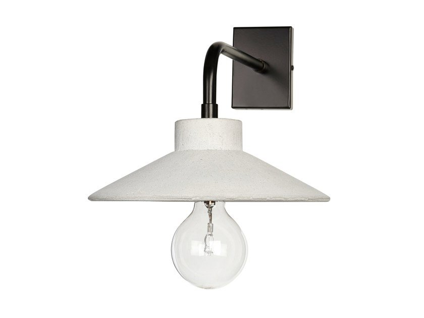Concrete wall lamp with fixed arm STRADA by URBI et ORBI