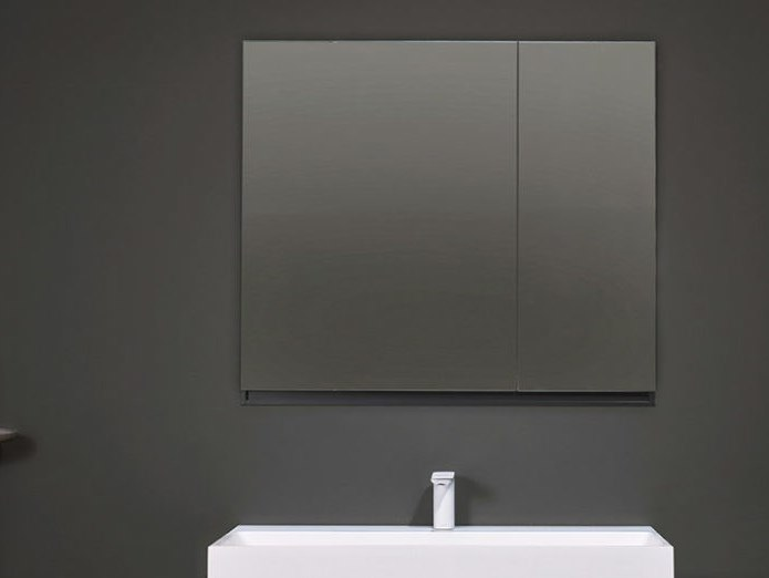 Wall-mounted bathroom mirror STRATO | Mirror with cabinet by INBANI