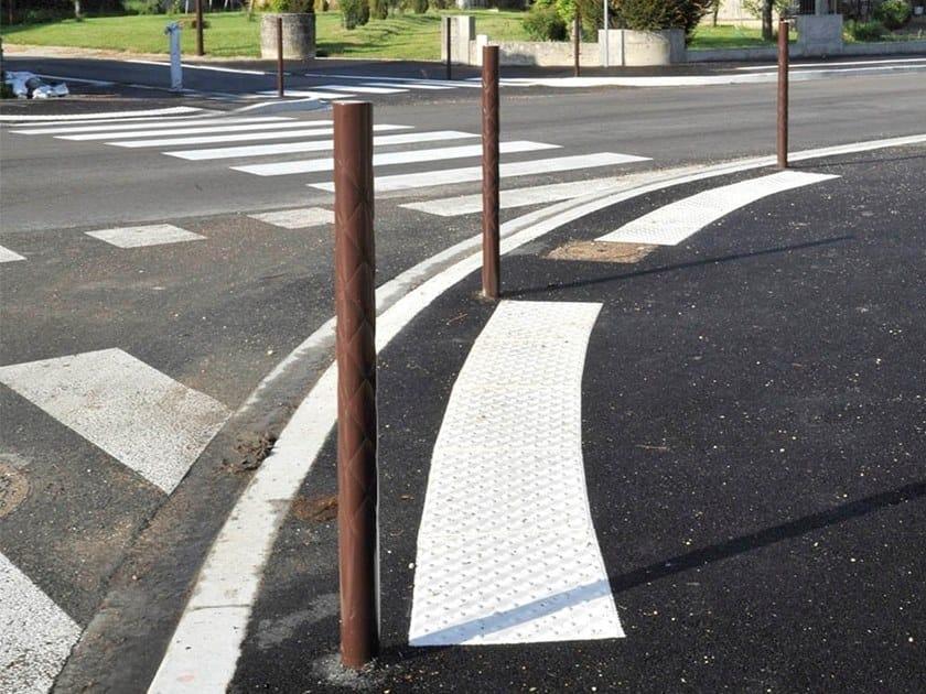 Steel bollard post STRIUM   Bollard by GHM-ECLATEC