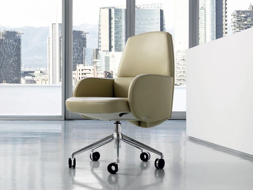 Height-adjustable leather task chair STUDIO | Task armchair by Mascheroni