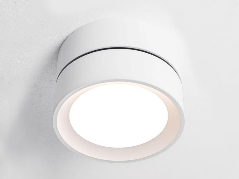 Lampada da parete per esterno a LED in alluminio verniciato a polvere SUE by HER