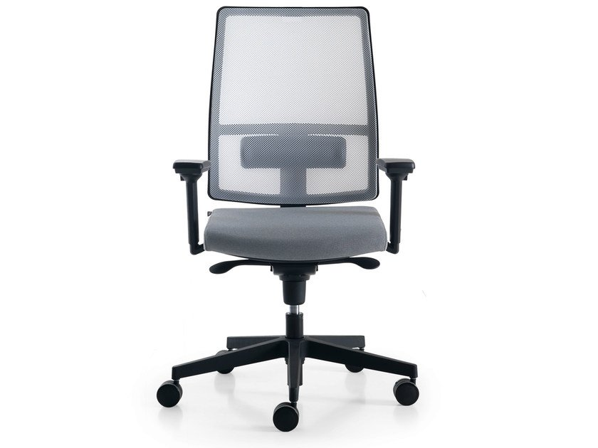 Height-adjustable mesh task chair with 5-Spoke base with armrests SUGAR NET by Quinti Sedute