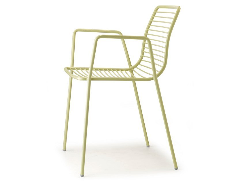 Stackable steel chair with armrests SUMMER | Chair with armrests by SCAB DESIGN
