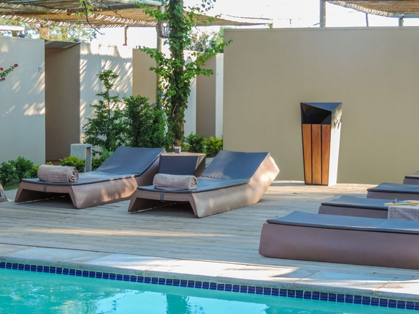 Contemporary style polyethylene garden daybed SUN | Garden daybed by Sit