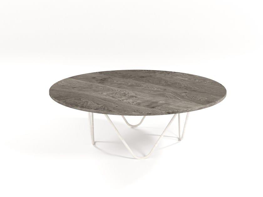Round wood veneer coffee table SUONO | Wood veneer coffee table by Barel