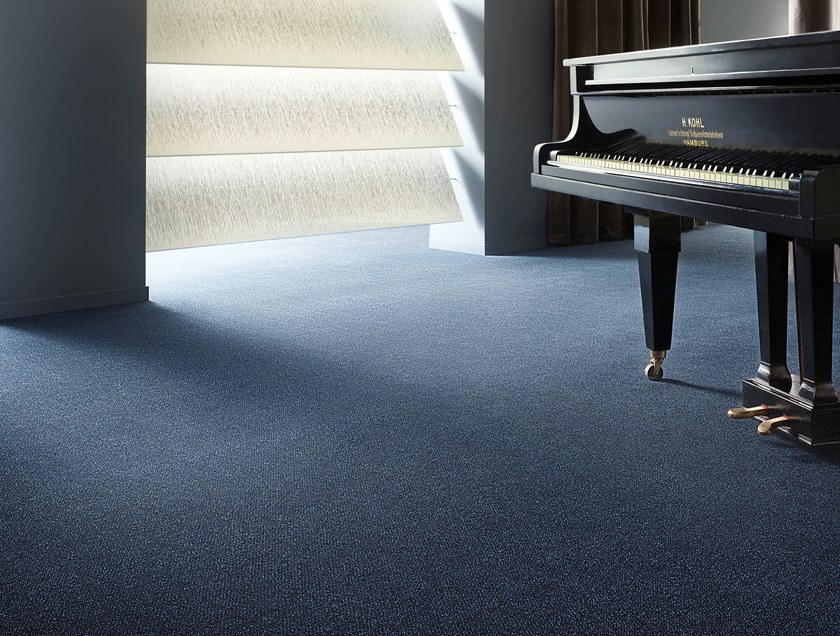 Polyamide carpeting SUPERIOR 1035 by Vorwerk Teppichwerke
