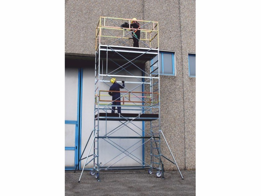 Mobile scaffolding and ladder for construction site SUPERLUNGO HD by Frigerio Carpenterie