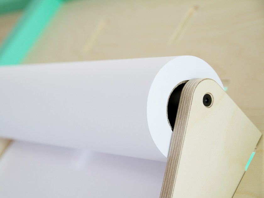 Plywood paper towel holder SUPPORT PAPIER by ENEIXIA