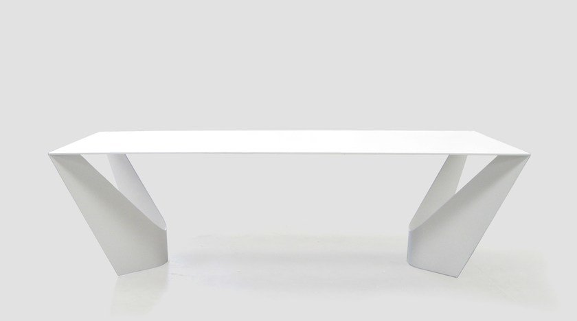 table manger laque suspens by roche bobois design cdric ragot