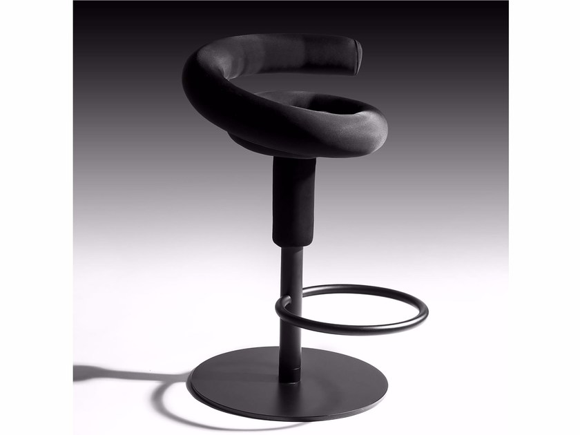 Swivel height-adjustable stool SWEEP by Esedra