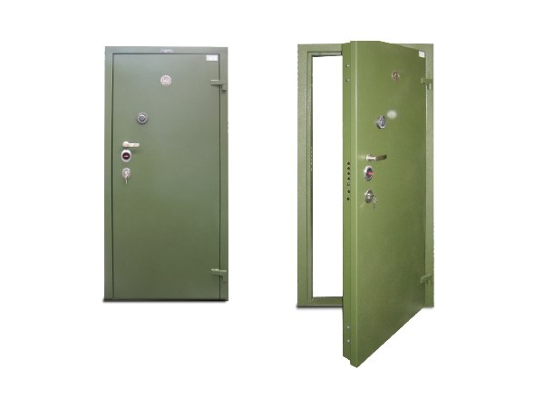 Steel safety doors Safety doors by Parma Antonio & Figli