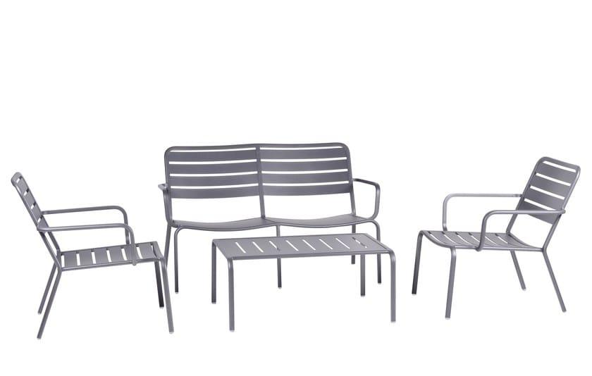 Stapelbarer Gartenstuhl Aus Metall Im Modernen Stil Mit Armlehnen Set Gamma  By Mediterraneo By GPB