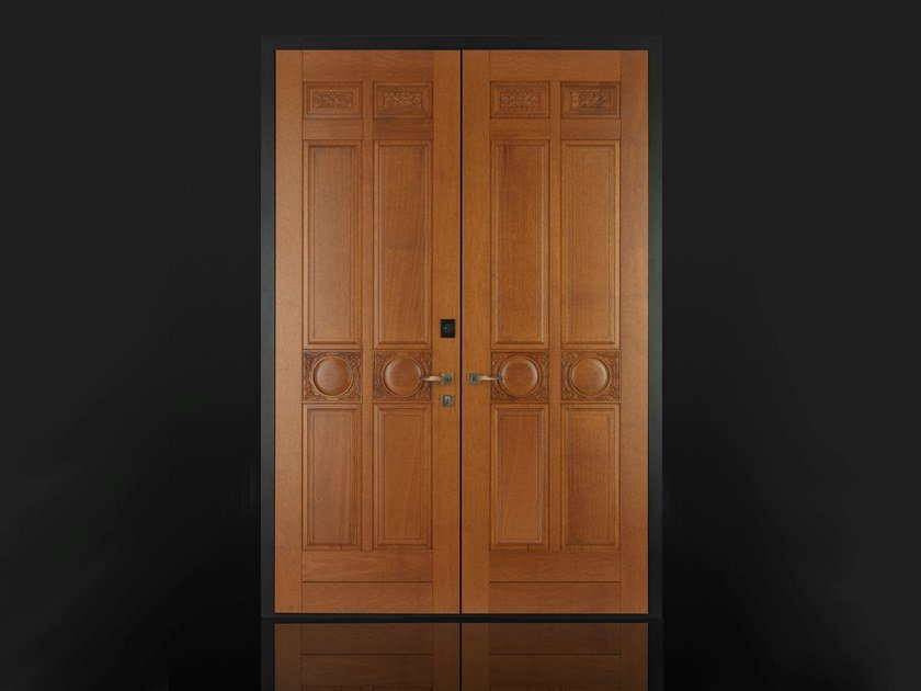 Solid wood safety door with access control Solid wood entry door by Ercole
