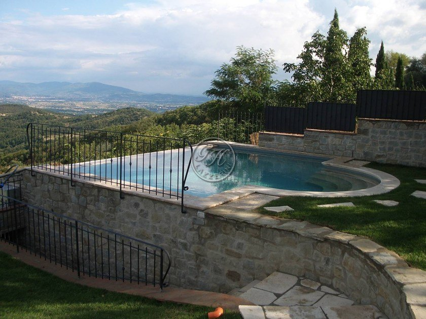 In-Ground natural stone swimming pool Swimming pool 4 by GH LAZZERINI