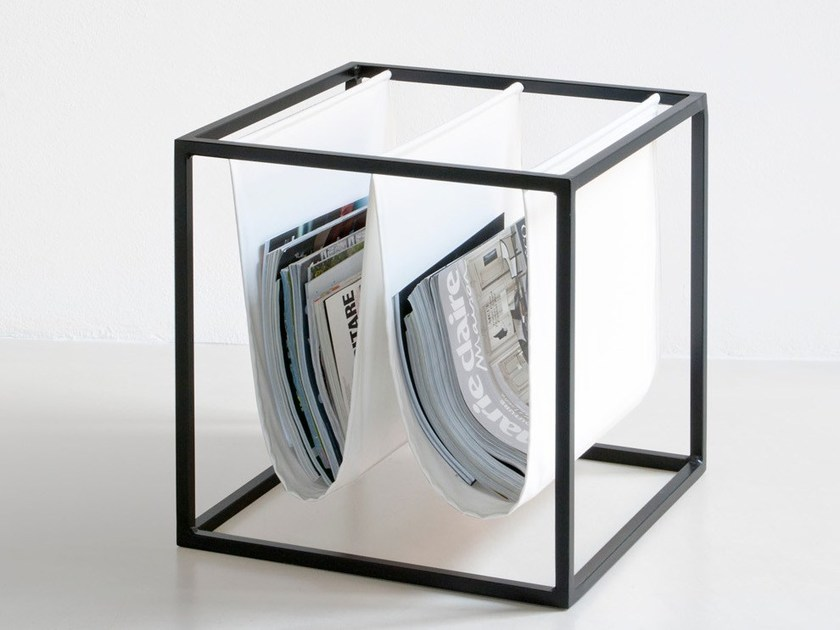 Iron magazine rack T | Magazine rack by bigdesign