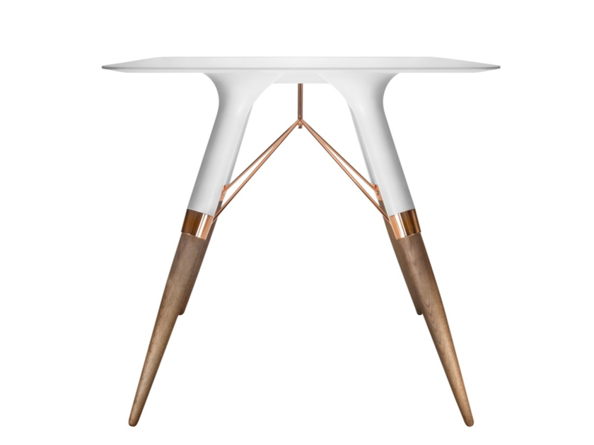 Square Corian® table T / MEDIUM by dsignedby