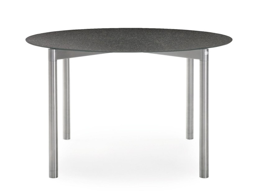 Round ceramic garden table T-SERIES | Round table by solpuri