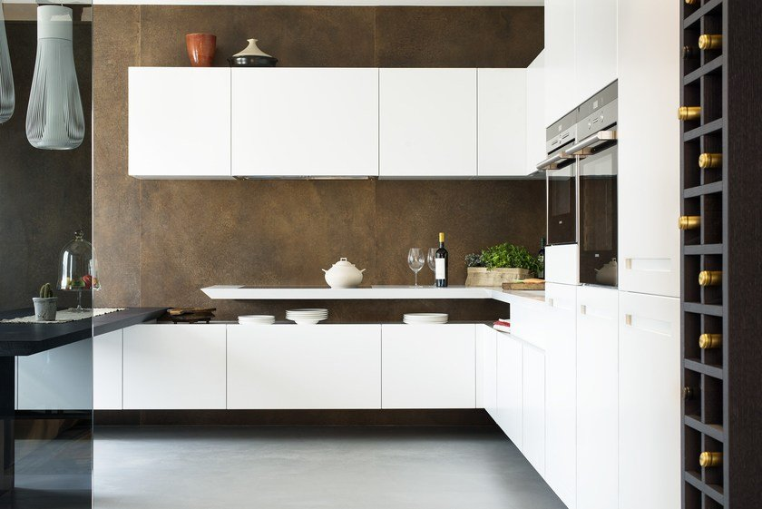 Kitchen with peninsula T30 | Corian® kitchen by TM Italia Cucine