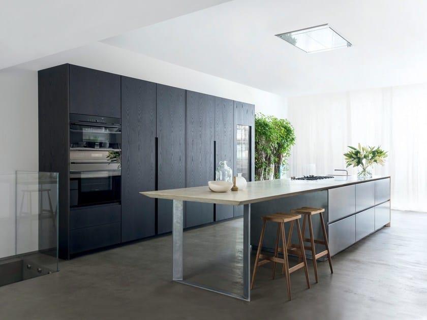 Cucina in pietra, acciaio ossidato e rovere bruno T30 / D90 | Cucina ...