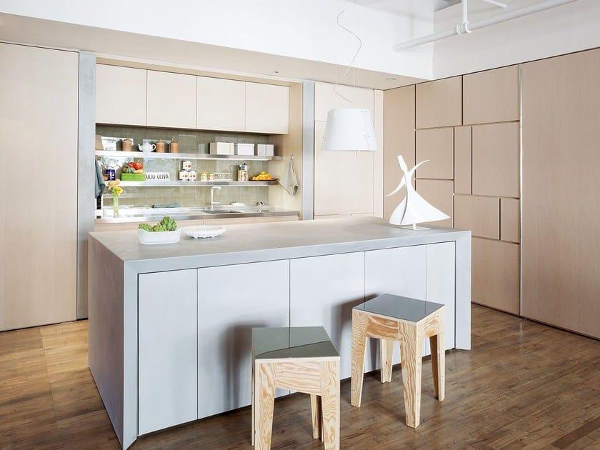 Kitchen with island T45 EVO | Wooden kitchen by TM Italia Cucine