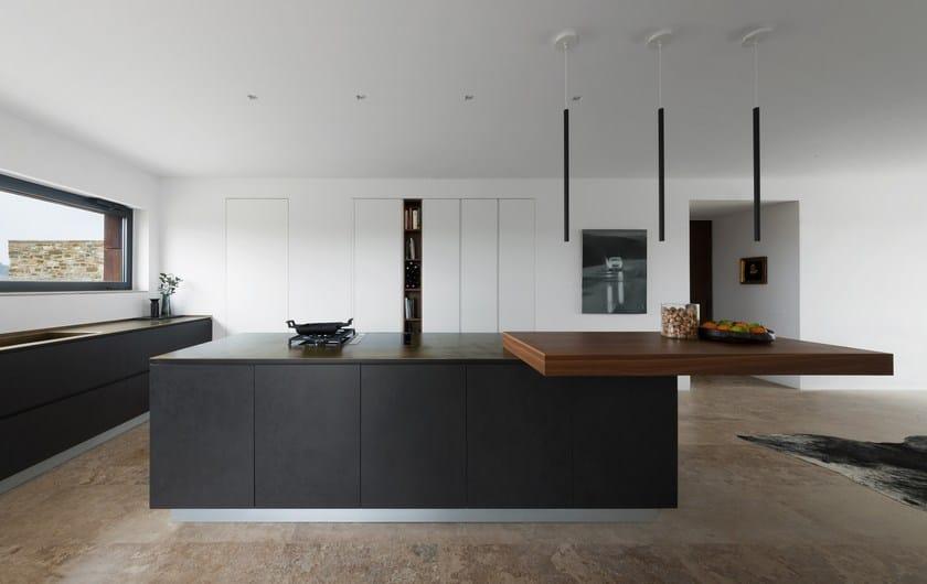 Cucina su misura in stile moderno con isola senza maniglie T45 ...