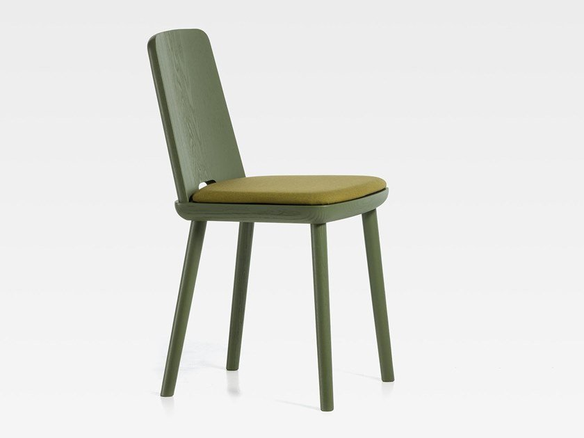 Lacquered ash chair with integrated cushion TABLET | Chair with integrated cushion by SIPA