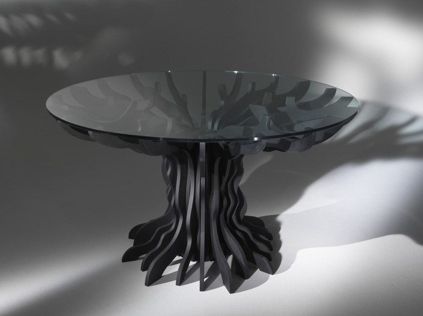 Round birch table TALE by ALBEDO