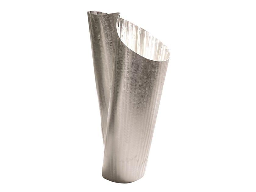 Silver vase TAMADA | Vase by ZANETTO