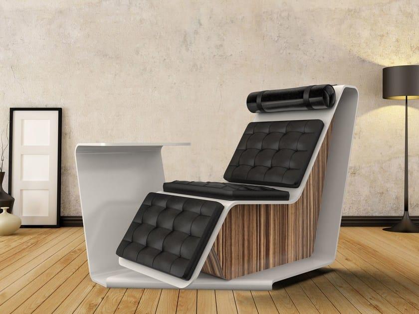 Poltrona in pelle in stile moderno con poggiatesta con schienale alto con poggiapiedi TAPE | Poltrona ergonomica by Zuri Design