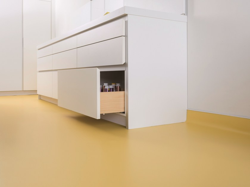 Anti-static resilient synthetic material flooring TARALAY IMPRESSION COMFORT by gerflor