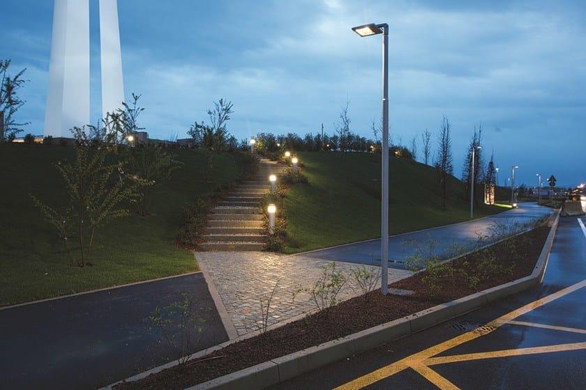 Illuminazione pubblica decine di pali pericolanti sul tratto per