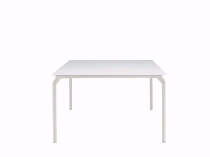 Lacquered square table TEC 1200 - 633 by Alias