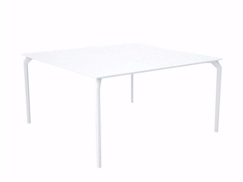 Lacquered square HPL table TEC 1400 - 634 by Alias