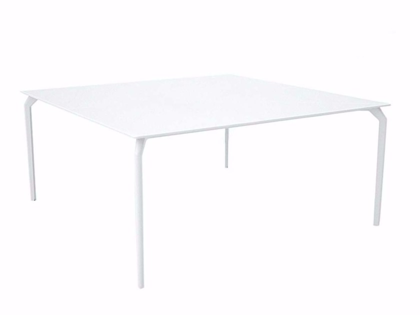 Lacquered square HPL table TEC 1600 - 635 by Alias