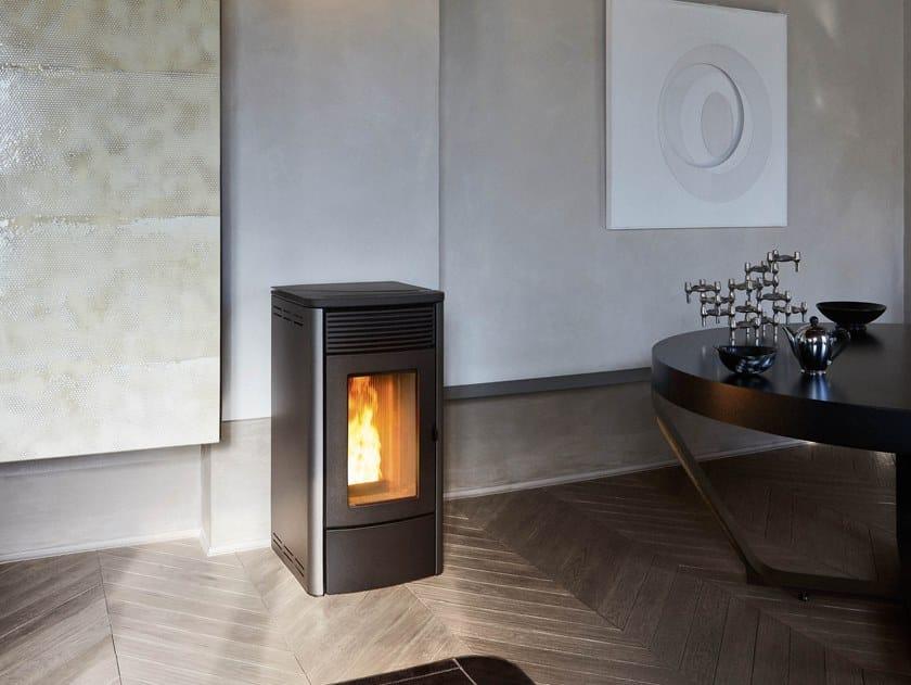Stufa a pellet per riscaldamento aria TECLA by MCZ