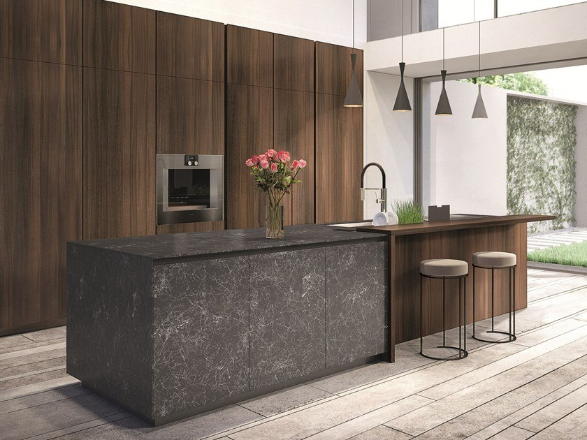 Lacquered porcelain stoneware kitchen with island TELERO | Porcelain stoneware kitchen by Euromobil