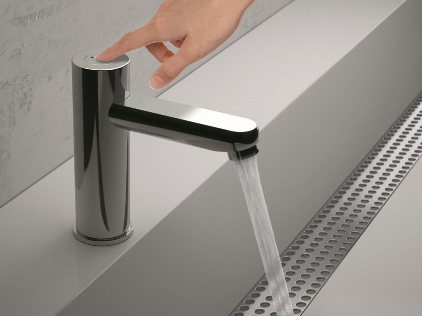 Self-closing chromed brass washbasin tap TEMPOR TOUCH | Washbasin tap by Remer Rubinetterie