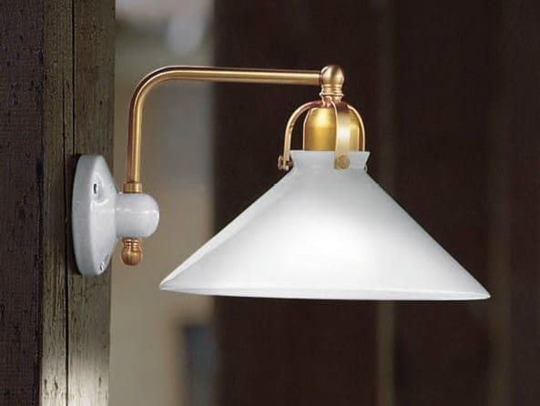 Glass wall lamp with fixed arm TENDA | Wall lamp by Aldo Bernardi
