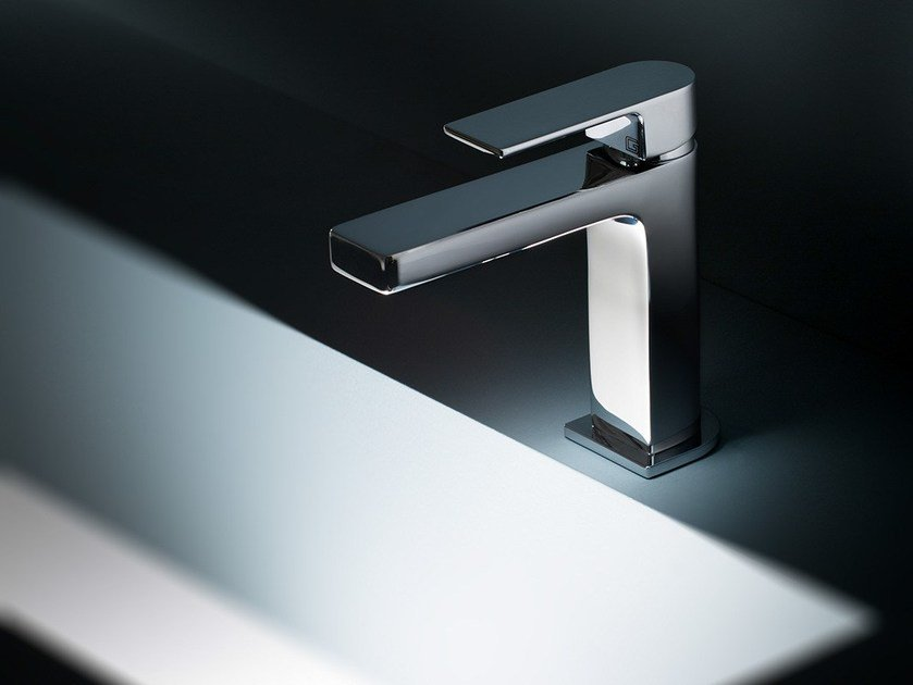Chromed brass washbasin mixer TEO by GEDA