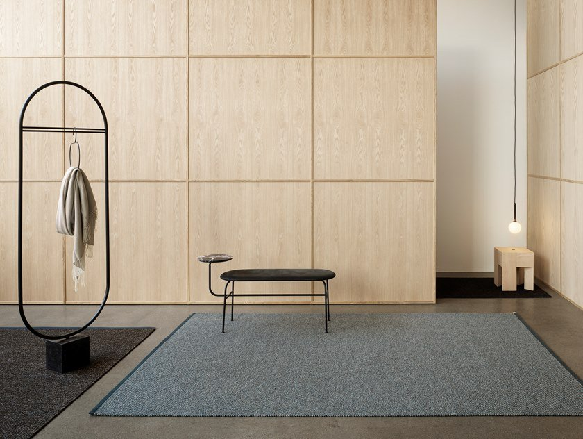 Woven bouclé rug in pure wool and linen TERRAZZO by Kasthall