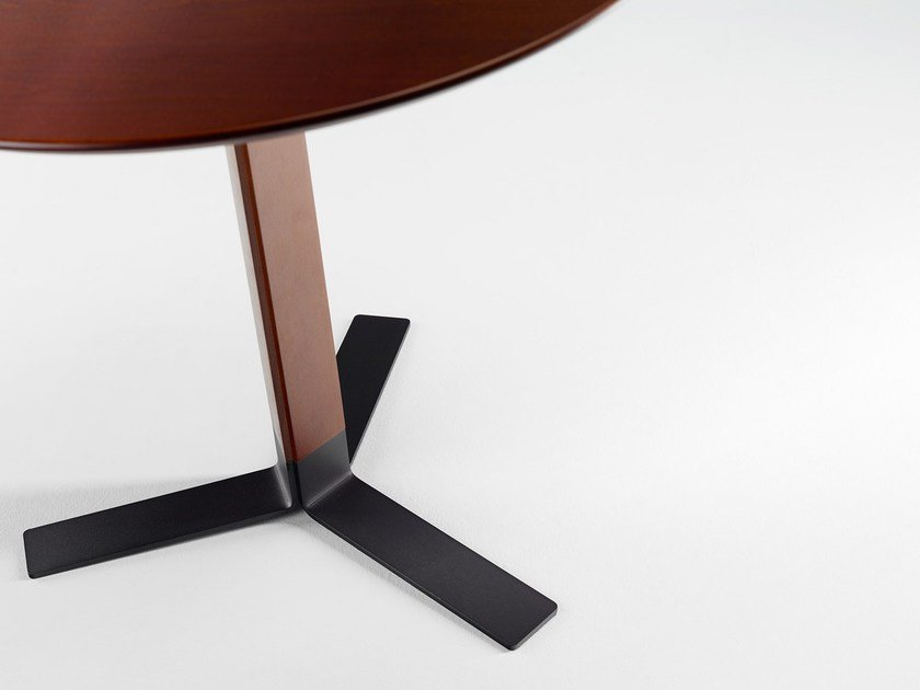 Steel table base TERO by ONDARRETA