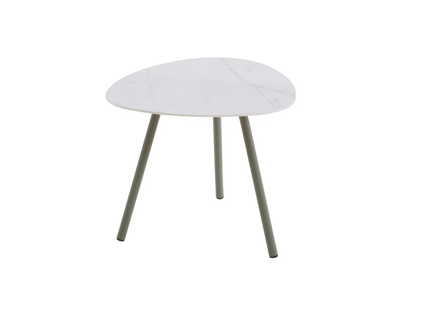 Garden side table TERRAMARE | Coffee table by emu