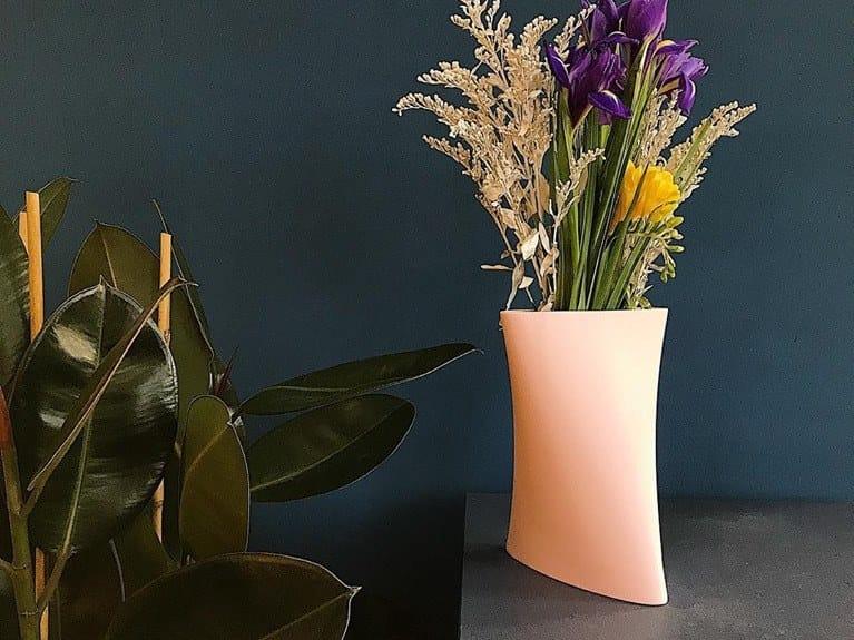 Faïence vase TET | Vase by Goloob