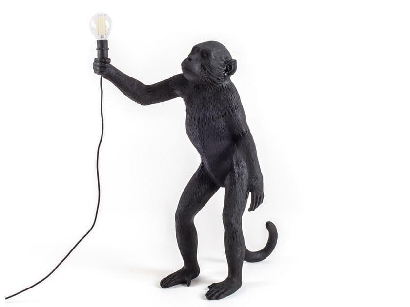 Lampada da terra a LED in resina THE MONKEY LAMP BLACK STANDING by Seletti